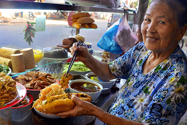Local Food And Hoi An City Tour